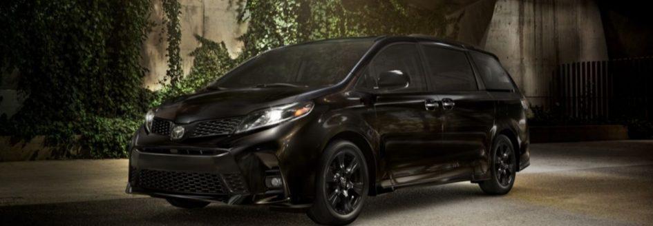 2020 Toyota Sienna black minivan